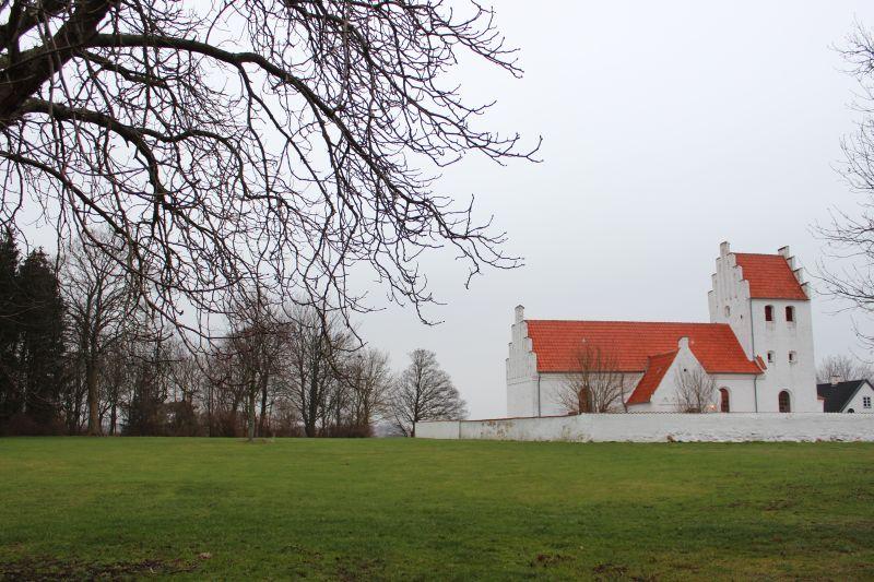 Arealet vest for kirken hvor præstegården lå.